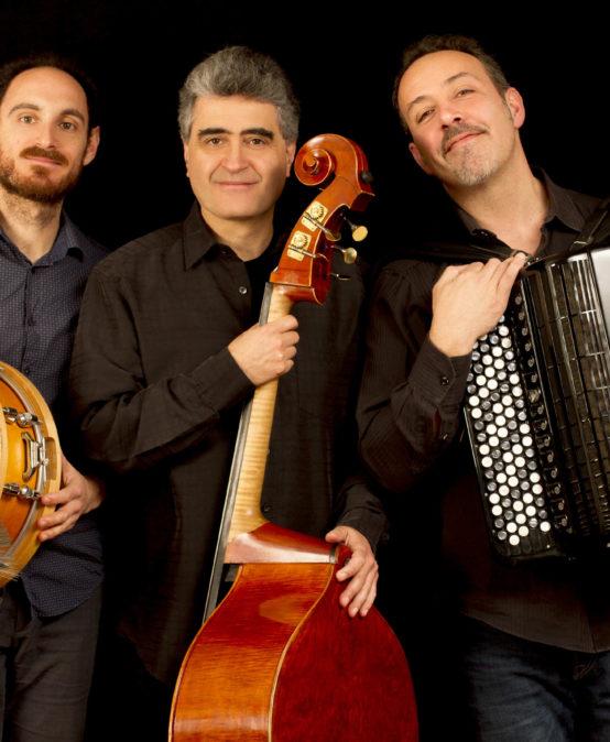 """Die Jazzinitiative präsentiert: JRenaud Garcia Fons Trio """"Revoir Paris"""""""